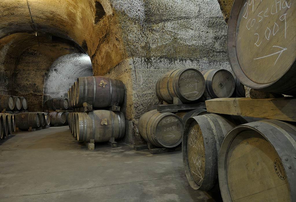 historia del vino-barricas